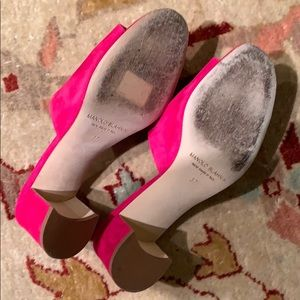 Manolo Blahnik Shoes - Pink suede Manolo mules